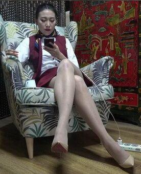 [K&M]丝足视频 欣欣空姐制服 [MP4-462MB]