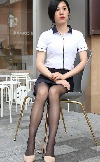 小S街拍作品 - OL制服黑丝 [138P1V-2.14GB]